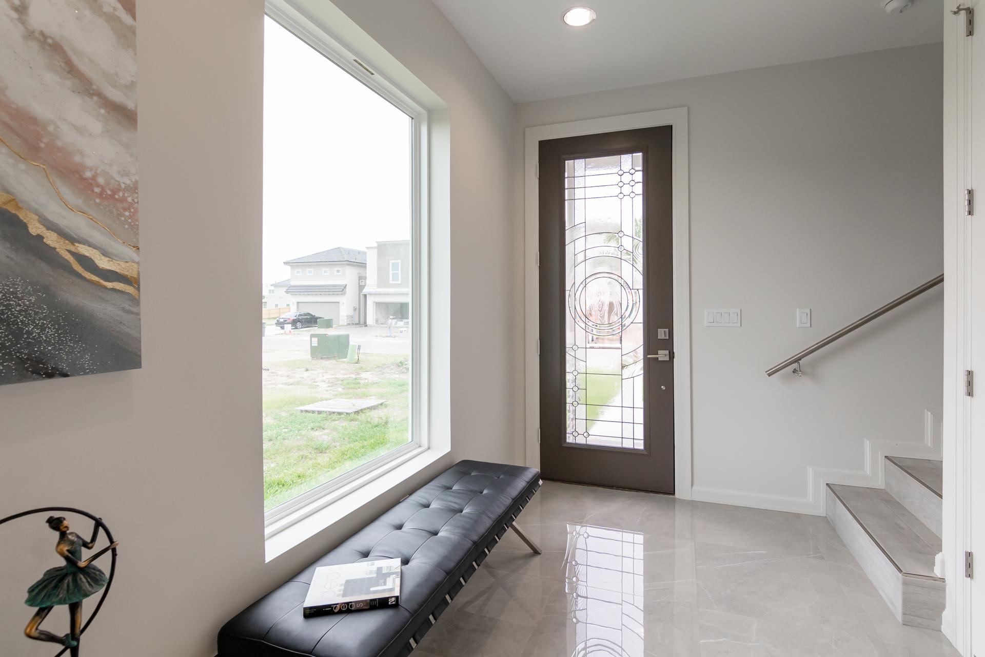 Interior 15